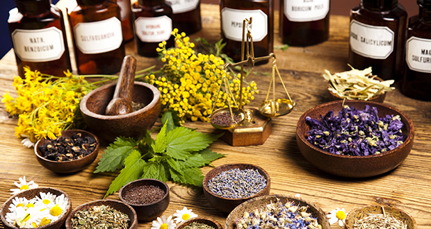 Few Advantages and disadvantages of taking natural treatments!