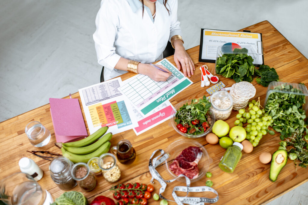 What are the best advantages of a balanced diet?