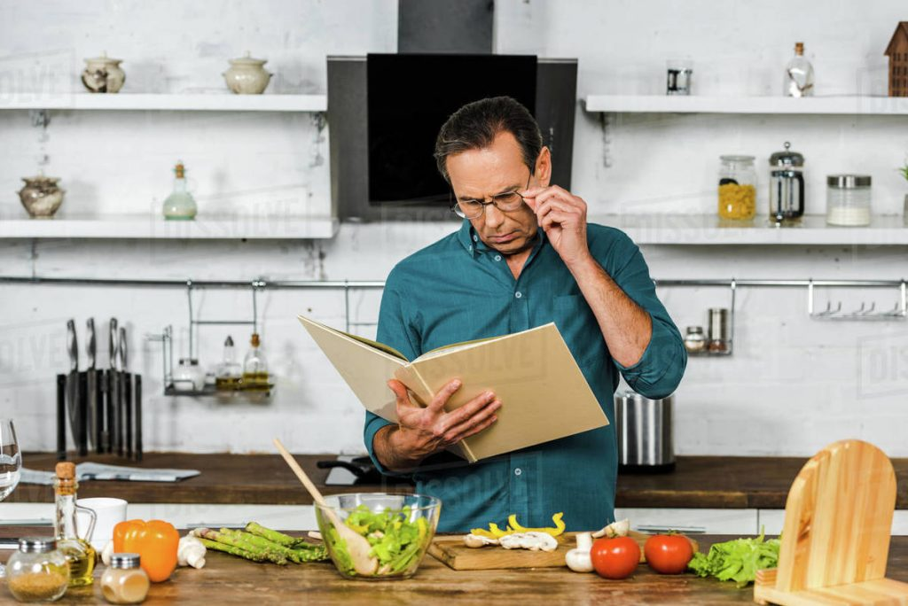 Moving towards a more healthy diet with smart tips is easy