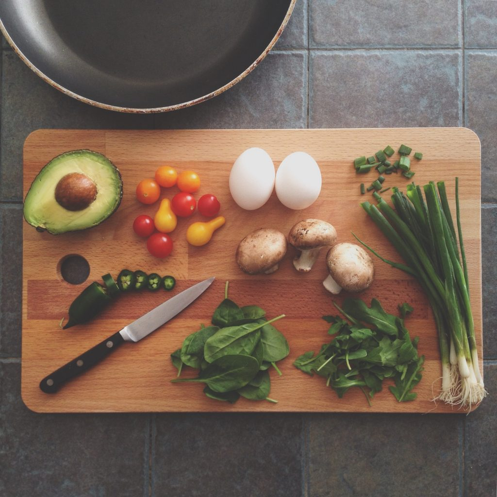 Know how to become an expert in cooking, along with few cooking tips
